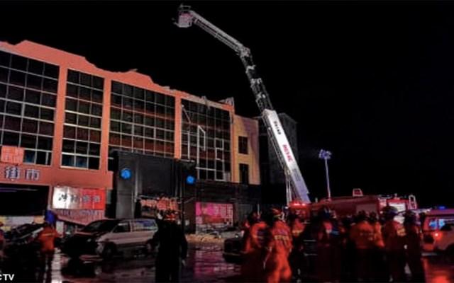 Derrumbe de techo de bar en China deja tres muertos y 87 heridos - Foto de CCTV
