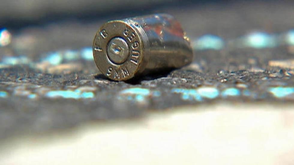 Asesinan a mujer embarazada y dos hombres en Álvaro Obregón - Casquillo de bala. Foto de Archivo / Telemundo