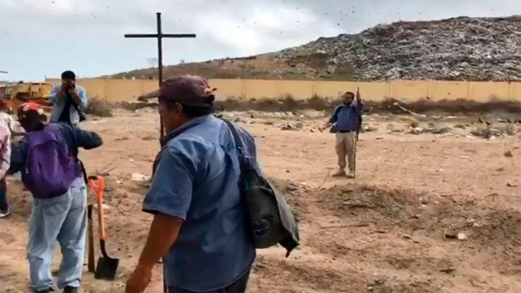 Encuentran tres cuerpos en fosa clandestina en Veracruz - fosa clandestina veracruz cuerpos