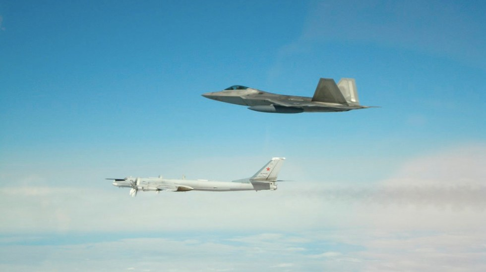 EE.UU. intercepta seis aviones rusos cerca de la costa de Alaska - ee.uu. interceptó aviones de combate rusos cerca de la costa de alaska