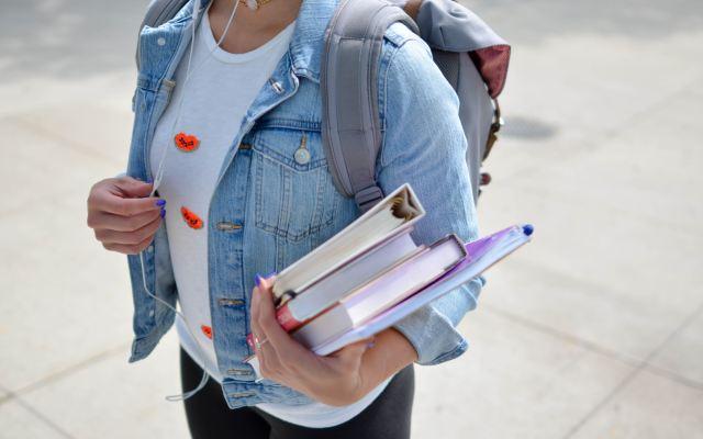 Día del Estudiante en México - Photo by Element5 Digital on Unsplash