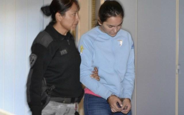 #Video Joven dispara arma desde balcón y se graba; ya fue detenida - Foto de La Gaceta de Salta