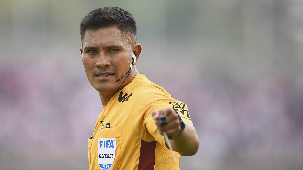 Fernando Guerrero pitará la vuelta entre Cruz Azul y América - Foto de Mexsport