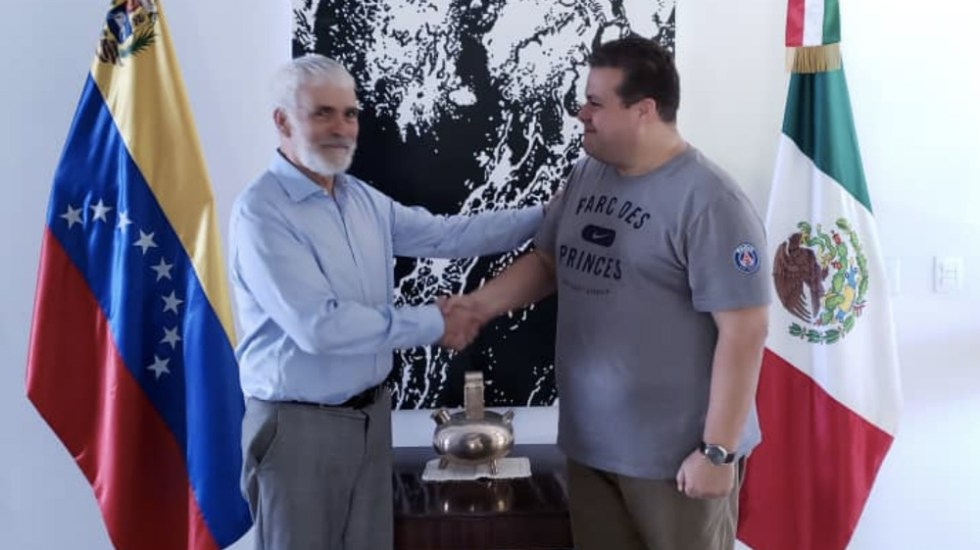 México inicia trámite para dar asilo a diputado opositor a Maduro - Foto de @efrain_gp