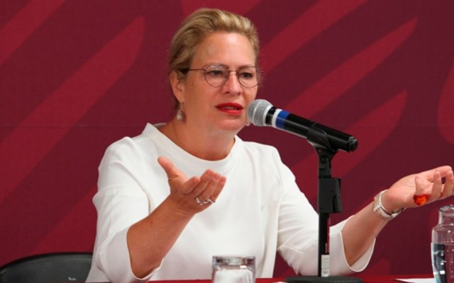 Retrasan vuelopor titular de Semarnat - Josefa González semarnat