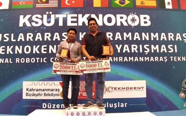 Estudiantes mexicanos ganan torneo de Robótica en Turquía - alumnos ganan competencia de robótica