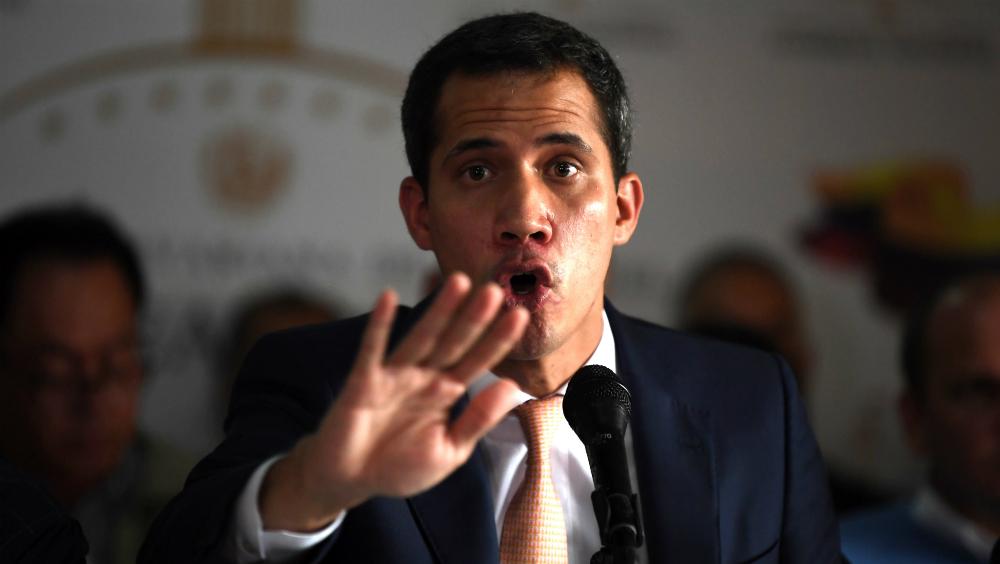 """Guaidó denuncia """"desmontaje"""" del Parlamento venezolano tras rebelión militar - Foto de AFP"""