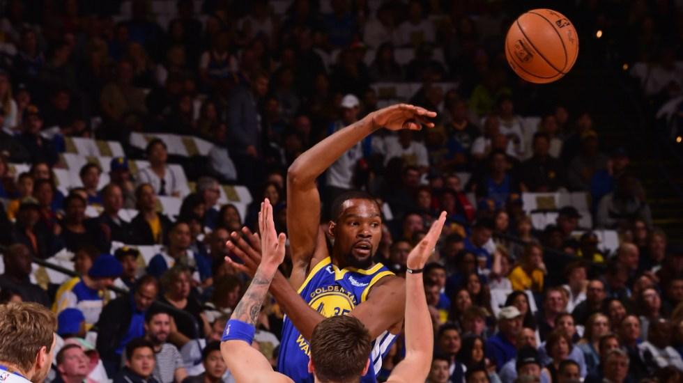 Kevin Durant se perderá al menos el primer partido de la final de la NBA - Foto de AFP