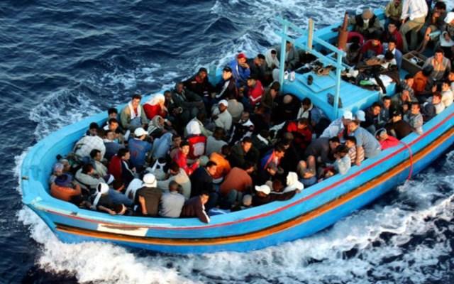 Mueren al menos 70 migrantes al hundirse su bote en Túnez - muerte migrantes hundimiento bote en tunes
