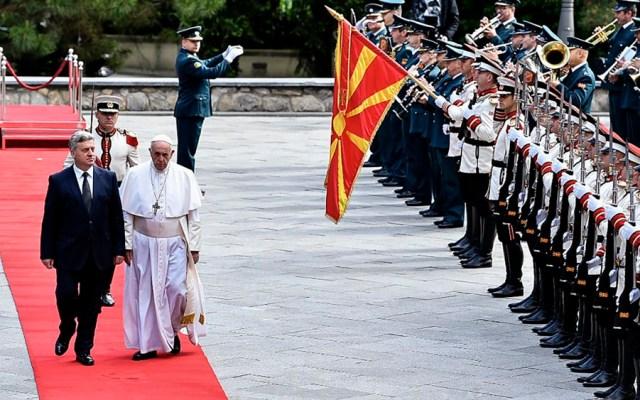El papa Francisco llega a Macedonia del Norte - papa francisco macedonia