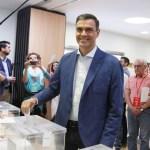 Prevén victoria de los socialistas de Sánchez en elecciones de España - Pedro Sánchez votando. Foto de @sanchezcastejon