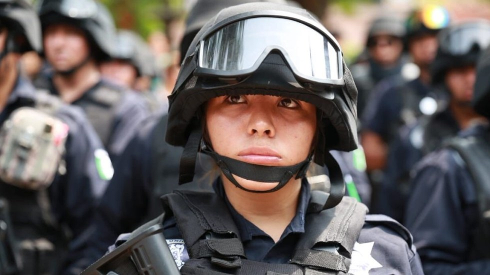 Ataques suman cuatro policías muertos en Michoacán - Policía estatal de Michoacán. Foto de @Silvano_A