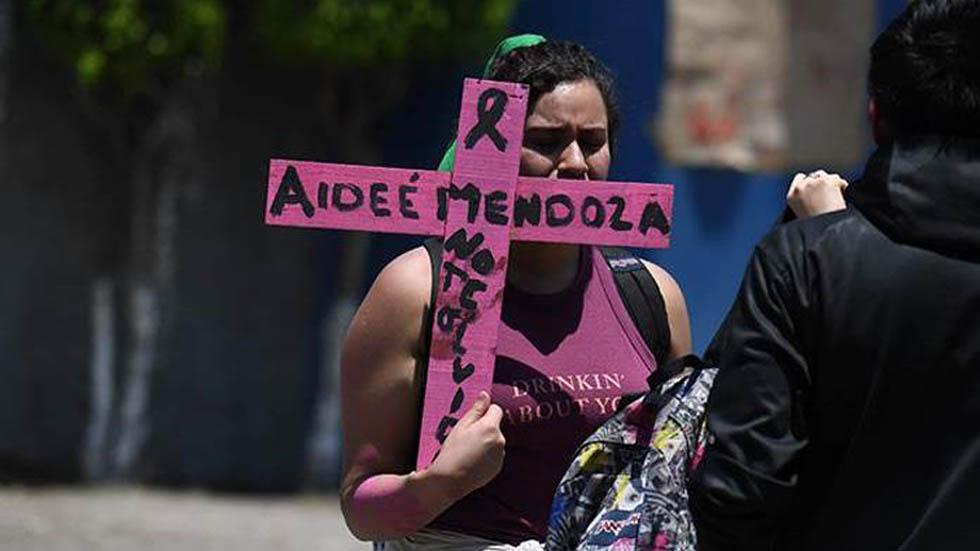 Denuncian negligencias en investigación del homicidio de Aideé - Protesta en exigencia de justicia para Aideé Mendoza. Foto de El Universal