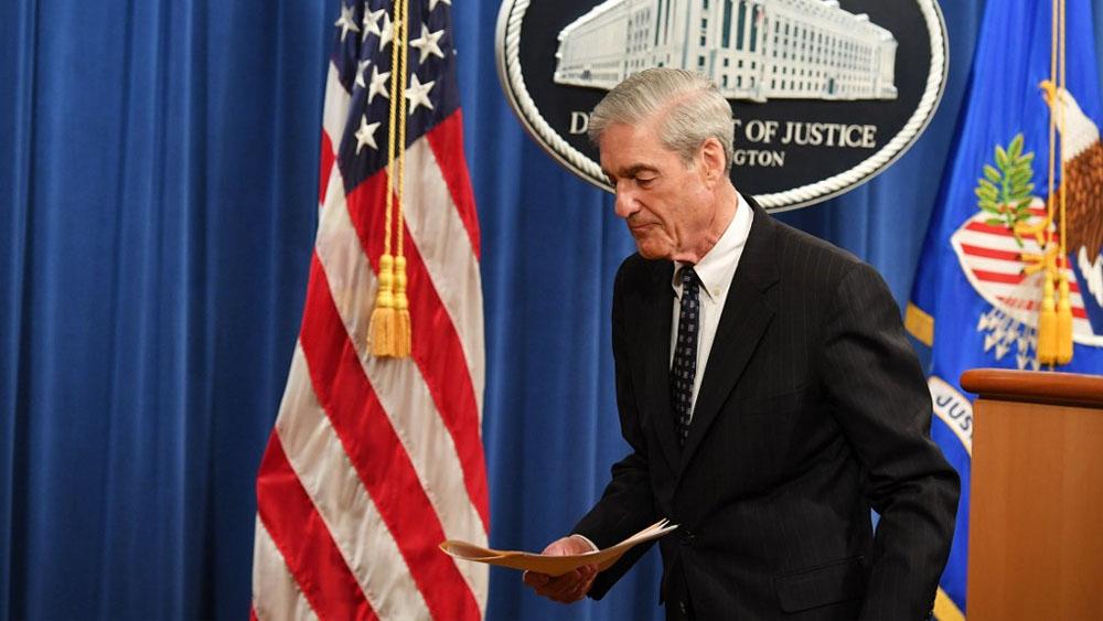 Mueller deja Departamento de Justicia tras informe sobre Rusia - Robert Mueller casa blanca