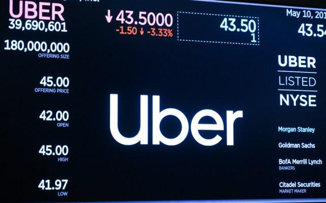 Uber tropieza en su debut en la Bolsa de Nueva York - Foto de AFP