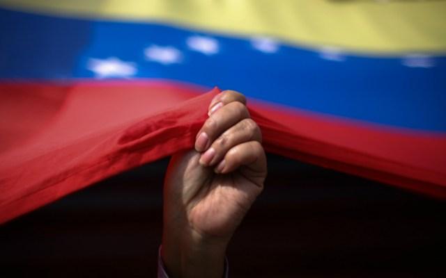 Dialogan funcionarios del gobierno de Maduro y oposición en Noruega - Foto de Notimex