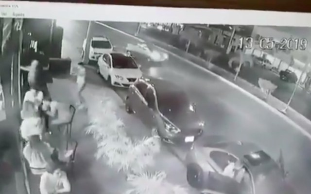 #Video Momento del ataque a cervecería de Playa del Carmen - Captura de pantalla