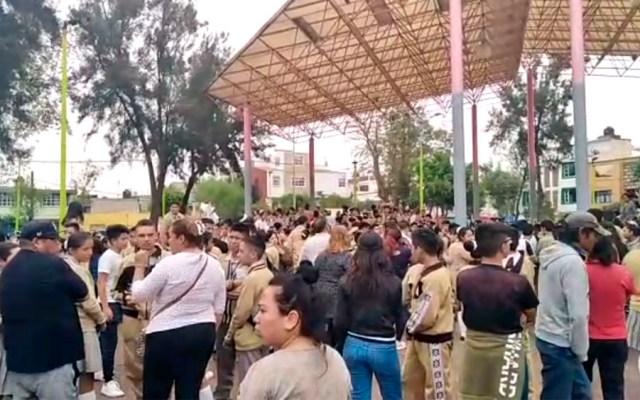 Desalojan secundaria tras amenaza de bomba en Venustiano Carranza - amenaza bomba secundaria