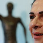 No puedo actuar en favor de la corrupción: Ana Guevara