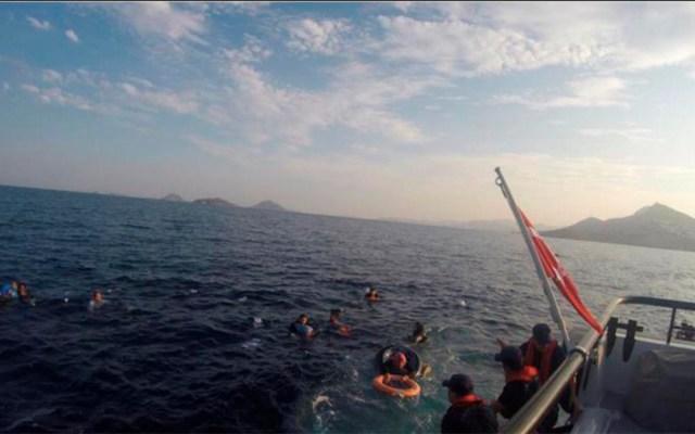 Hallan los restos de 12 migrantes tras naufragio en Turquía - cadáveres migrantes turquía