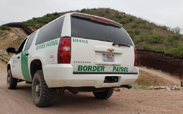 Patrulla Fronteriza halla cadáver de niña migrante en Arizona - Camioneta de la Patrulla Fronteriza. Foto de @CBPArizona