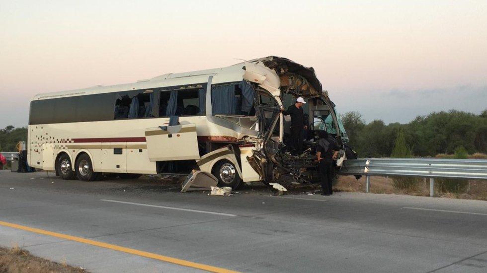 Choque entre autobús y tráiler en Sonora deja 23 heridos - choque autobús y tráiler sonora