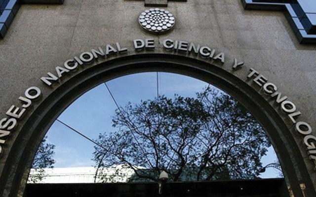 Conacyt aclara que becarios sí podrán viajar al extranjero - Foto de internet