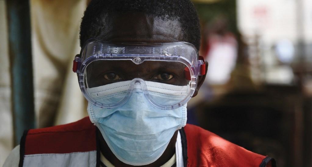 OMS no considera emergencia mundial a brote de ébola - Foto de AFP