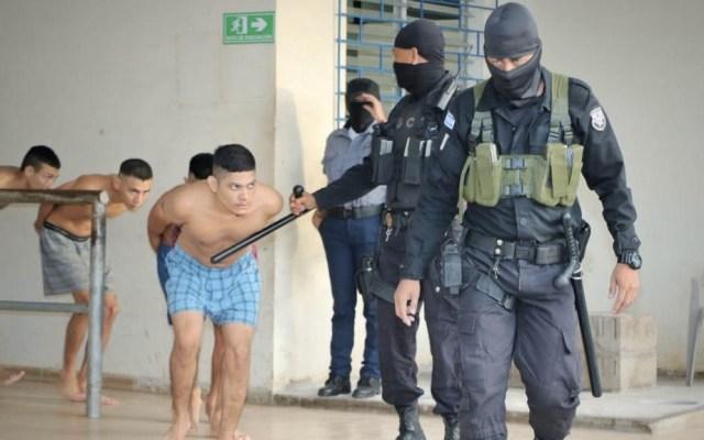 Nayib Nukele ordena 'emergencia máxima' en penales de El Salvador - El Salvador presos penales alerta cárceles