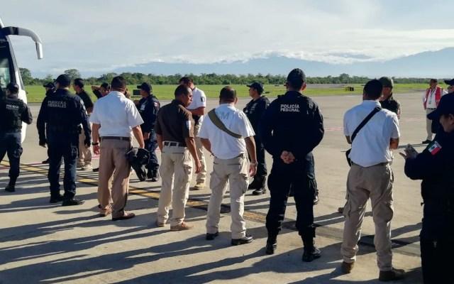 López Obrador define plan para cumplir acuerdo con Estados Unidos - Escolta de migrantes para su retorno a sus países de origen. Foto de @INAMI_mx