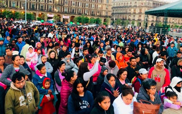 Estudiantes protestan por becas en el Zócalo - estudiantes zócalo