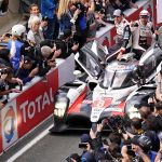 Fernando Alonso gana en Le Mans el cuarto título mundial de su carrera - Le Mans (France), 16/06/2019.- Sebastien Buemi of Switzerland, Kazuki Nakajima of Japan (driver) and Fernando Alonso of Spain, drivers of Toyota Gazoo Racing (starting no.8) in a Toyota TS050 Hybrid celebrates their victory in the Le Mans 24 Hours race in Le Mans, France, 16 June 2019. (Francia, Japón, España, Suiza) EFE/EPA/EDDY LEMAISTRE