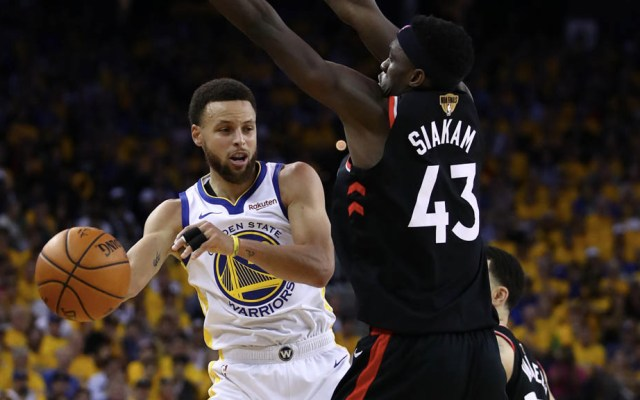 Raptors recuperan la ventaja ante los Warriors en tercer partido - Foto de Ezra Shaw/GETTY IMAGES NORTH AMERICA/AFP