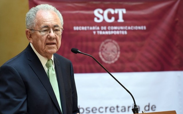 Rectifica Jiménez Espriú: sí está de acuerdo con AMLO sobre amparos contra Santa Lucía - Javier Jiménez Espriú Secretaría Comunicaciones y Transporte 2