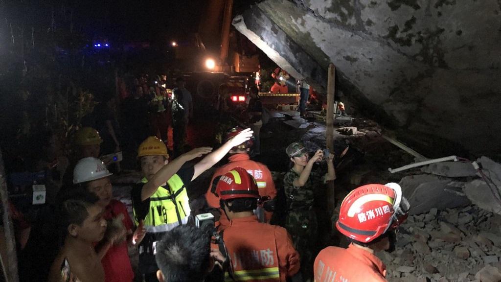 Labores de rescate tras sismo en China. Foto de @CGTNOfficial