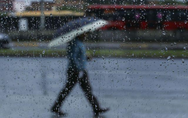 Lluvias muy fuertes, actividad eléctrica y granizo en seis estados - Foto de Notimex.