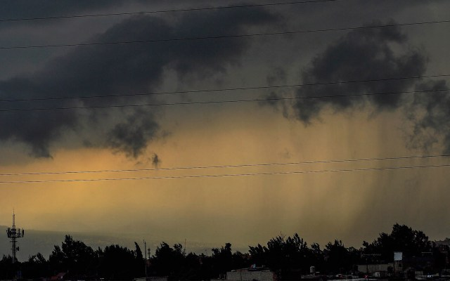 Prevén chubascos vespertinos en la Ciudad de México - Lluvias chubascos Ciudad de México Alerta Roja