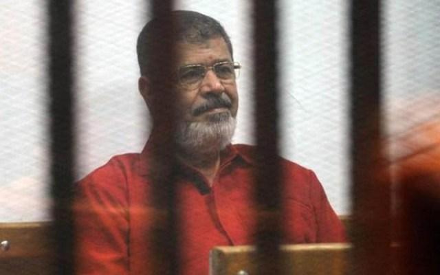 Muere Mohamed Mursi, expresidente de Egipto - Mohamed Morsi encarcelado. Foto de AFP