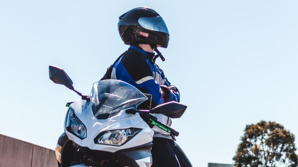 Peatones y motociclistas, principales víctimas en accidentes - Motociclista motocicleta moto motociclistas