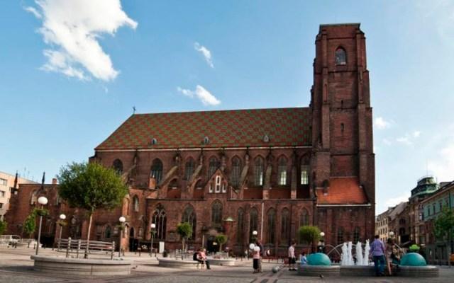 Apuñalan a sacerdote en parroquia de Polonia - parroquia sacerdote polonia