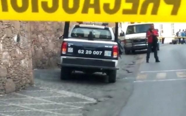 Comando asesina a tres policías de Taxco, Guerrero - Patrulla cuyos policías fueron atacados en Guerrero. Foto de @AENoticias1