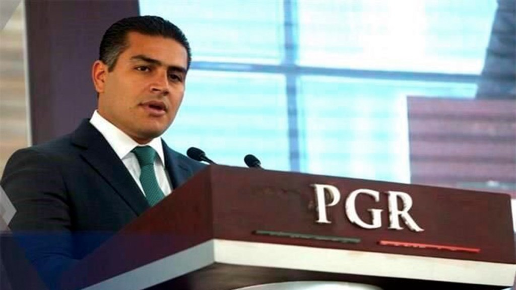 Renuncian el titular de la AIC y el subprocurador de Delitos Federales de la FGR - renuncias fiscalía general