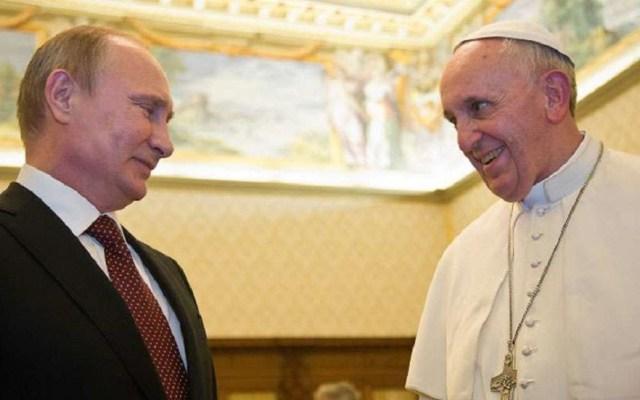 Vladimir Putin visitará al papa Francisco en el Vaticano - Reunión de Putin y el papa Francisco en 2015. Foto de Catholic Press Photo