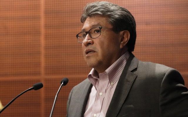 López Obrador es muy activo, pero le falta acompañamiento: Monreal - Foto de AFP