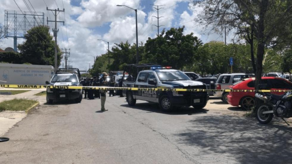 Comando roba boletas electorales en Cancún - Foto de Noticaribe