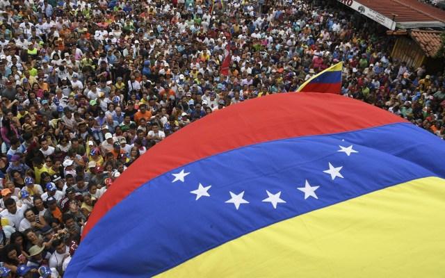 Rusia retira a la mayor parte de su personal de Venezuela, según Trump - Venezuela. Foto de AFP / Yuri Cortez
