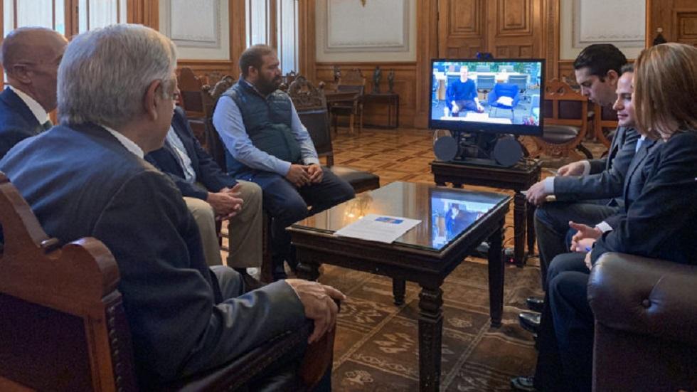 Zuckerberg está dispuesto a ayudar a México: López Obrador - Videollamada de AMLO con Zuckerberg. Foto de lopezobrador.org.mx