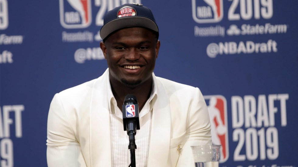 Zion Williamson es la primera selección del Draft de la NBA - Zion Williamson NBA Pelicans