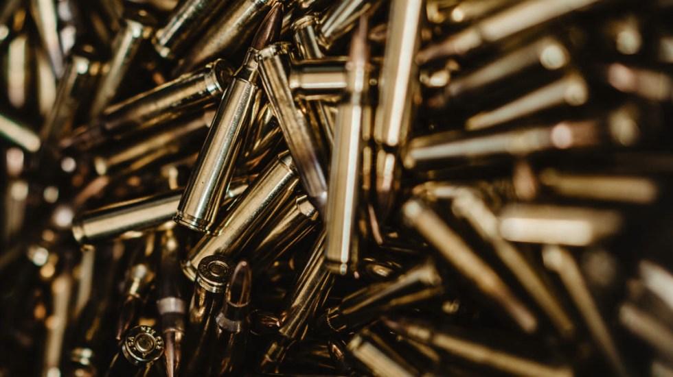 Decomisan arsenal en predio de Villagrán, Guanajuato - Balas armas violencia