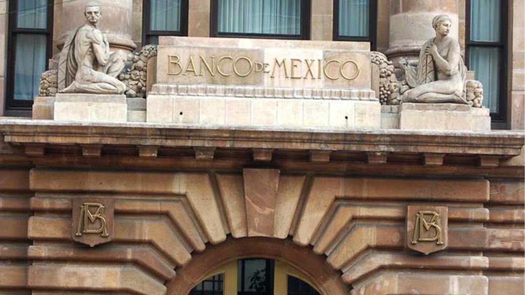 Junta del Banxico evaluó bajar hasta 50 puntos base tasas de interés - Banxico